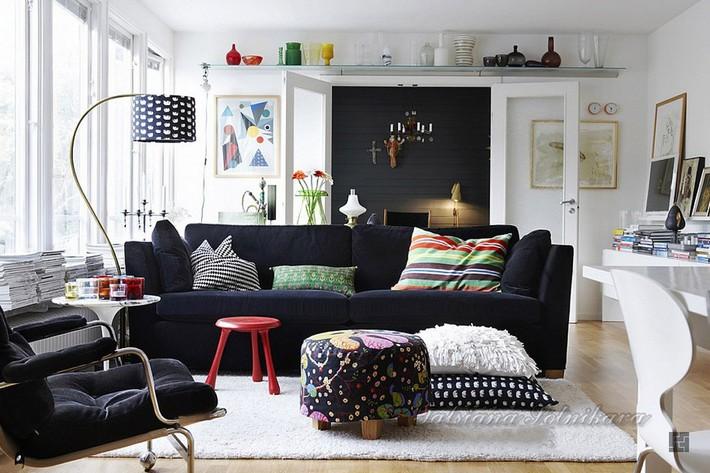 心铭舍带来有顶级空间设计大师的设计心得,简单的可以归纳为十条,学习并应用这些技法,能够为您自己的家居增添更多乐趣! 1.关于空间设计的第一条规则就是,你可以打破几乎所有的其他规则 对于设计而言,规则是用来被打破的。设计自己的居室,是反映了你自己的生活方式和你的个性,完全不要理会任何传统规则。  2.